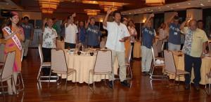 総会後の懇親会で宮古観光の発展を祈念して祝杯が挙げられた=24日、宮古島東急リゾート