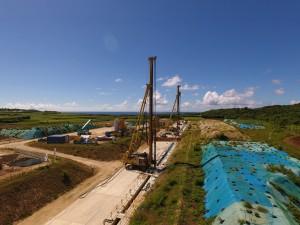 仲原地下ダムの造成工事が順調に進む=城辺仲原地区、(写真提供=宮古伊良部農業水利事業所)